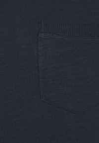 Selected Homme - SLHREGCARLOS  O NECK TEE - T-paita - navy blazer - 5