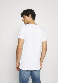 Kronstadt - ELON  3PACK - T-shirt basique - grey/white/black - 4
