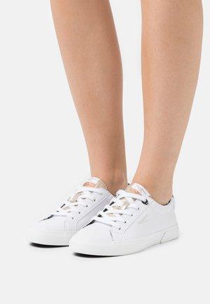 KENTON PLAIN - Sneakers laag - white