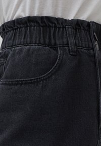 PULL&BEAR - A-line skirt - black - 6