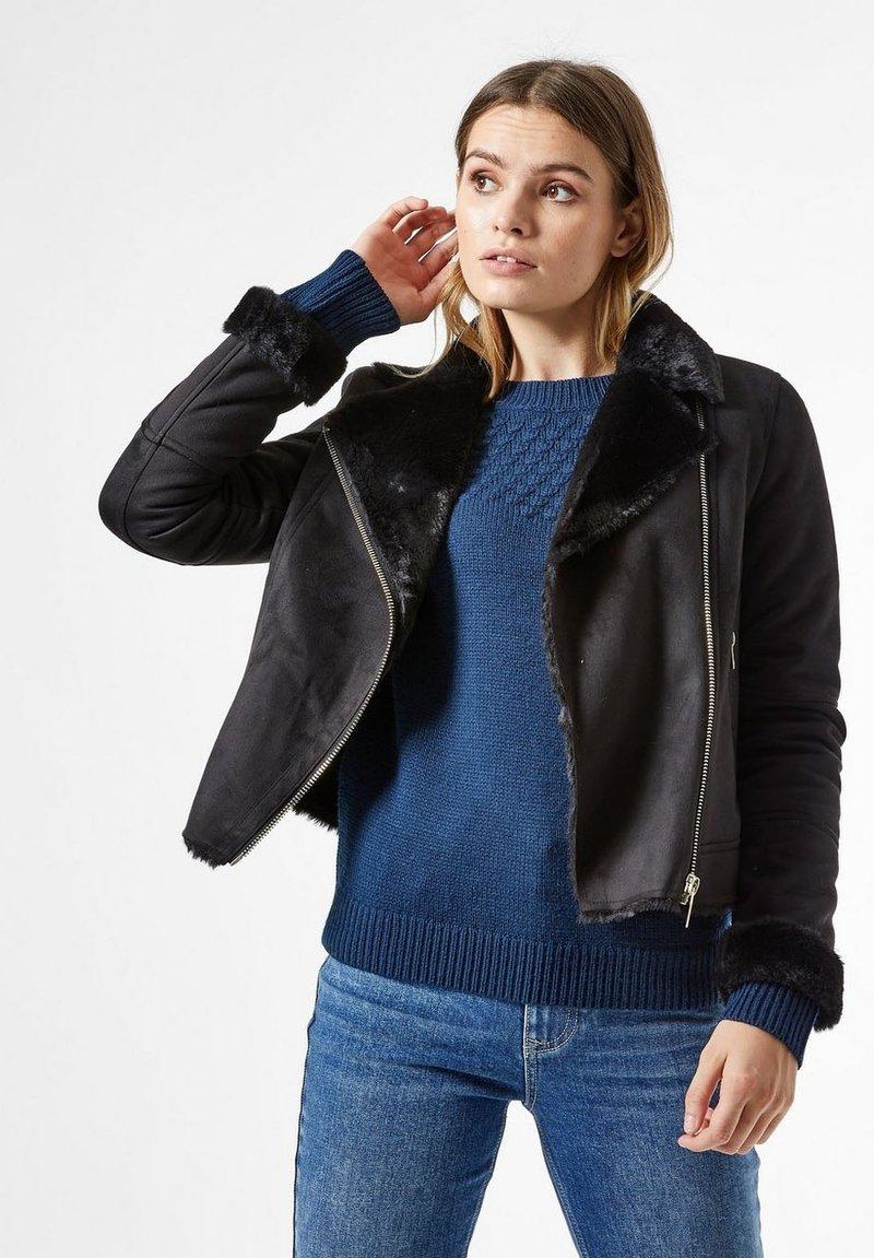 Dorothy Perkins - Faux leather jacket - black