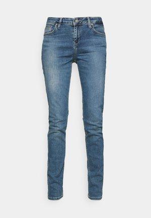 ASPEN - Jeans slim fit - amply wash