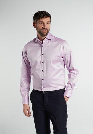 MODERN  - Zakelijk overhemd - flieder