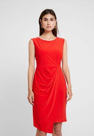 Robe de soirée - red
