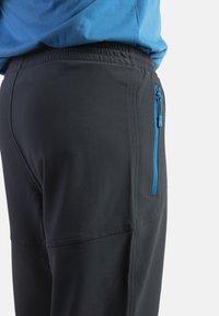 IZAS - CLOISTER - Pantalons outdoor - dark grey/blue river - 4