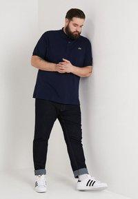 Lacoste - Poloshirt - marine - 1