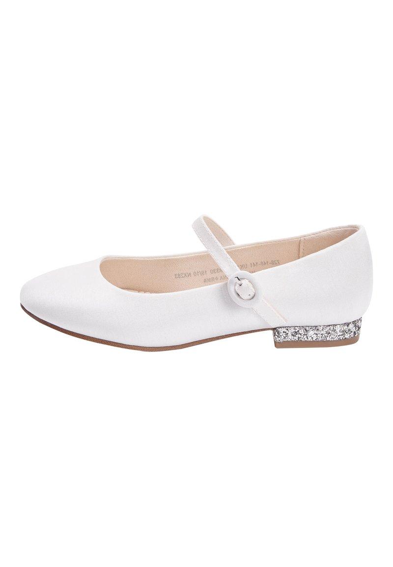 Next - WHITE HEEL MARY JANE SHOES (OLDER) - Nazouvací boty - white