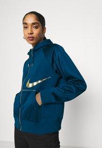 Nike Sportswear - Zip-up hoodie - valerian blue/deep ocean - 4