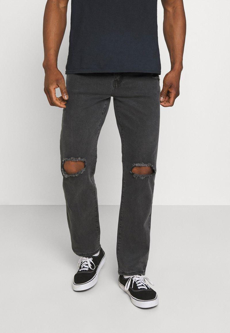 Mennace - ON THE RUN  - Jeans baggy - black