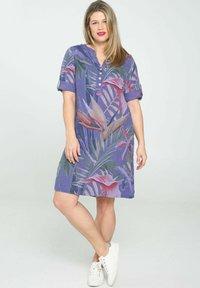 Paprika - Day dress - purple - 1
