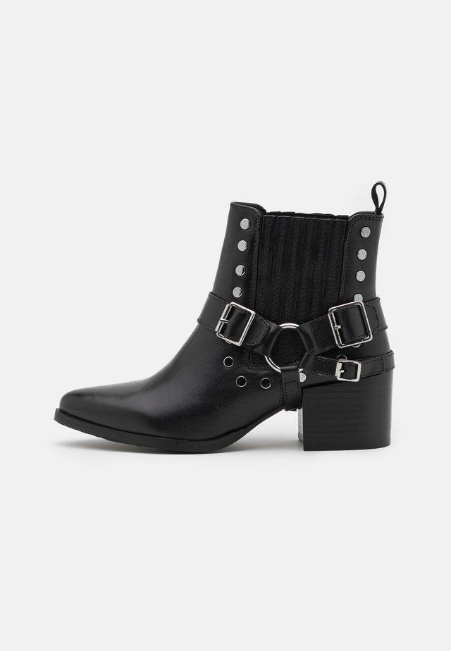 KIMIKO - Kotníková obuv - noir