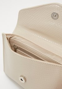 HVISK - EVOLVE BOA - Clutch - cream - 4