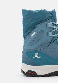 Salomon - VAYA POWDER CSWP - Winter boots - bluestone/mallard blue/black - 5