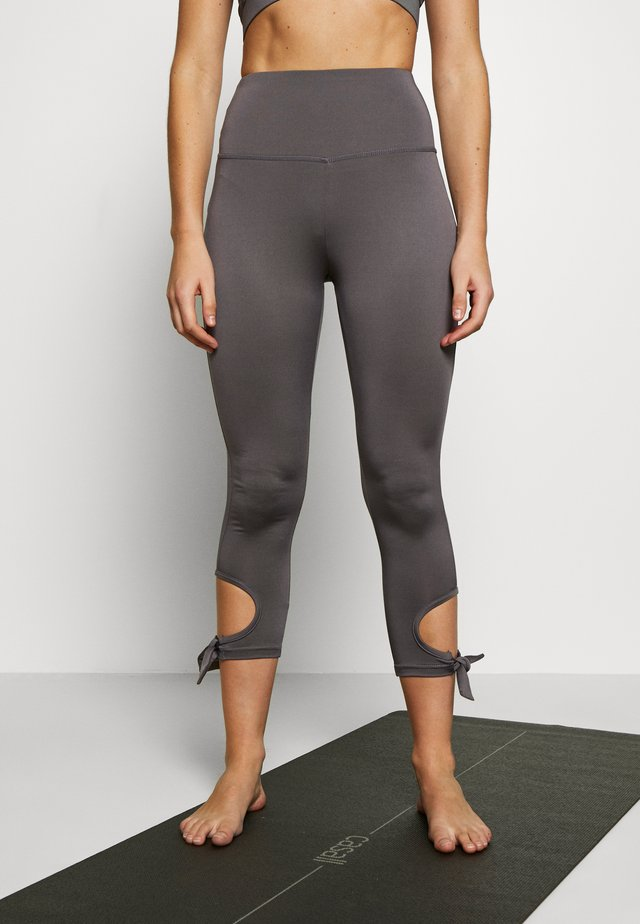 CUT OUT LEGGING - Tights - smoky grey