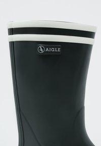 Aigle - MALOUINE - Gummistøvler - marine/blanc - 6