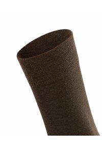 FALKE - SENSITIVE BERLIN - Socks - dark brown - 4