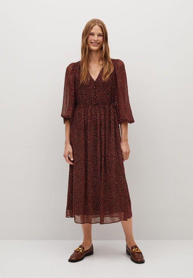 GARDEN - Day dress - rouge