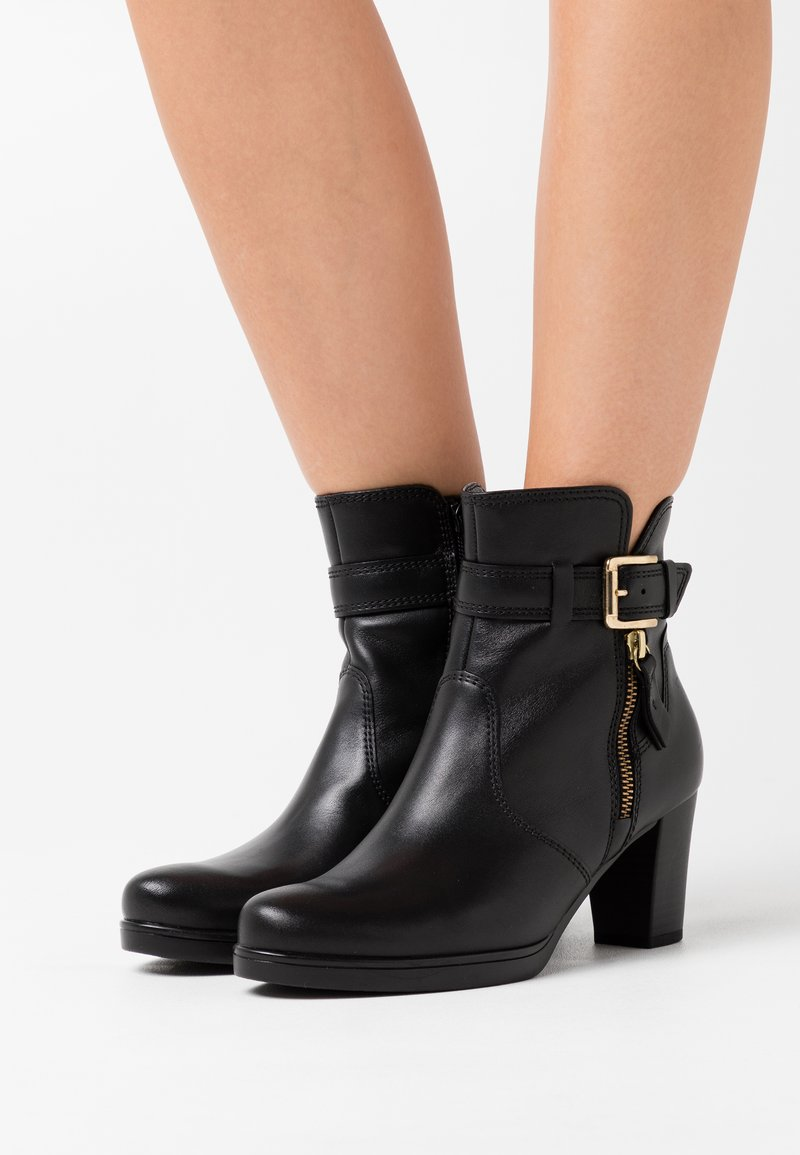 Gabor Comfort - Platform ankle boots - schwarz