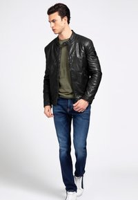 Guess - Faux leather jacket - schwarz - 1