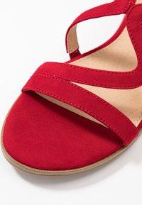 s.Oliver BLACK LABEL - Sandals - red - 2