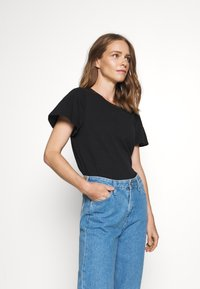 GAP - SLUB  - T-shirts - true black - 2