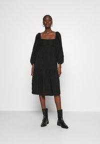 ARKET - Denní šaty - black - 0