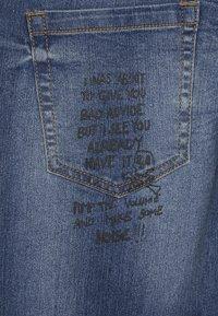 Benetton - TROUSERS - Slim fit jeans - blue - 4