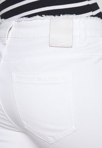 comma casual identity - Slim fit jeans - white - 4