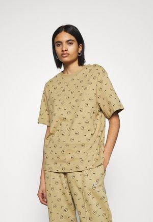 TEE - T-shirt imprimé - parachute beige