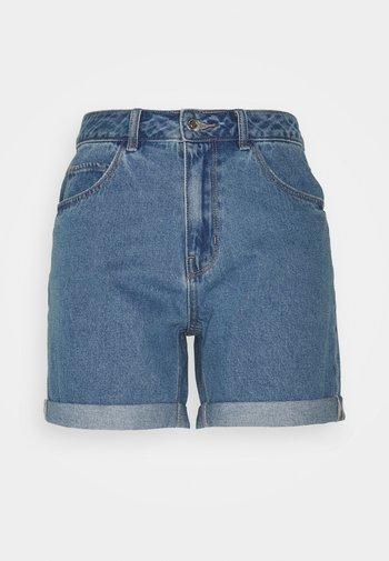 VMNINETEEN MIX - Shorts di jeans - light blue denim