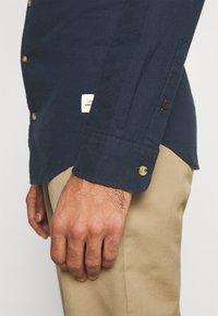 Jack & Jones - JORLENNY  - Skjorta - navy blazer - 5
