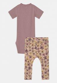 Name it - NBFHERMIONA SET - Print T-shirt - deauville mauve - 1