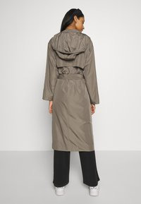 Superdry - CHINOOK FLYAWAY - Trench - bungee cord - 2