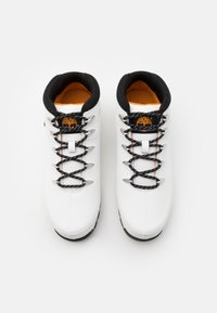 Timberland - EURO SPRINT HIKER - Lace-up ankle boots - white - 3