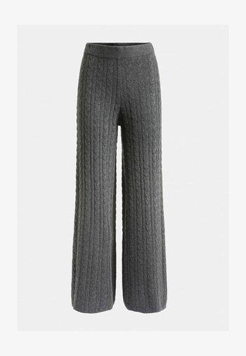 STRICKHOSE ZOPFMUSTER - Trousers - grau