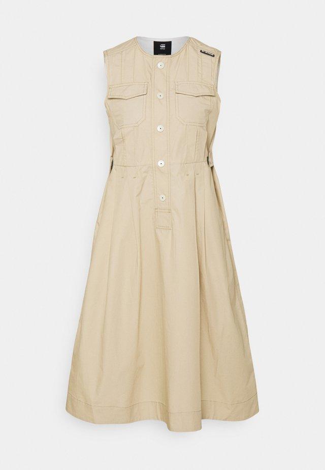 FIT AND FLARE DRESS - Sukienka letnia - westpoint khaki