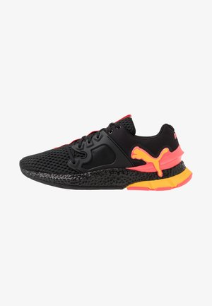 HYBRID SKY - Neutral running shoes - black/ignite pink/ultra yellow