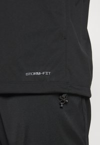 Nike Golf - STORM FIT VICTORY - Giacca sportiva - black/white - 5