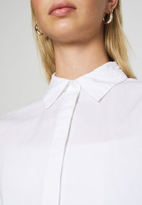 Monki - GERRI - Camisa - white - 5
