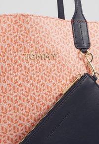 Tommy Hilfiger - ICONIC TOTE MONOGRAM - Tote bag - orange - 5