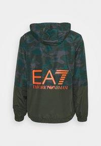 EA7 Emporio Armani - Tuulitakki - khaki - 1