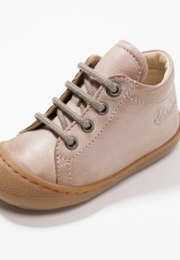 Naturino - COCOON - Baby shoes - sand - 2