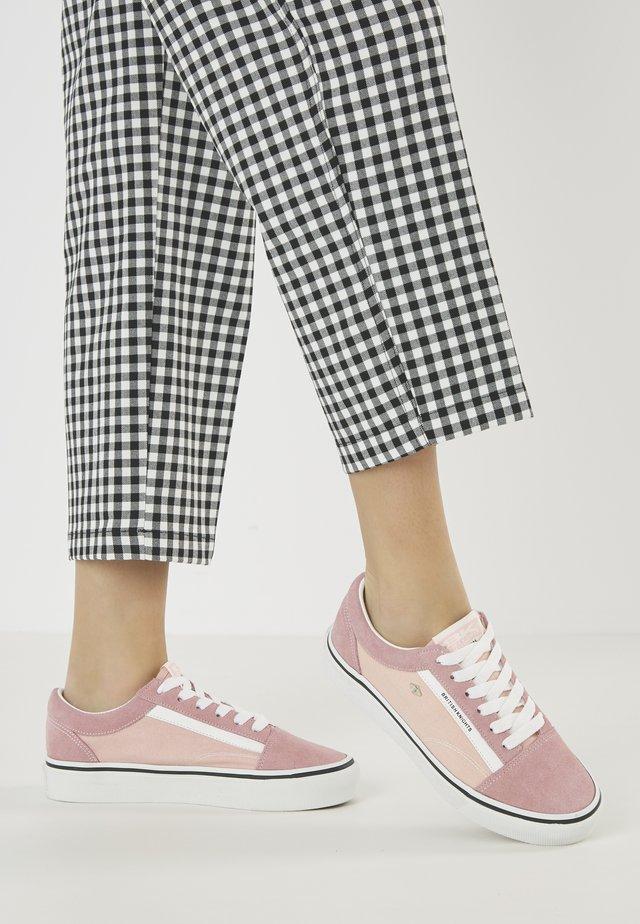 MACK  - Sneakersy niskie - pink/white
