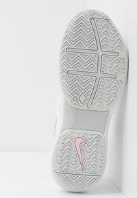 Nike Performance - AIR ZOOM PRESTIGE - Multicourt tennis shoes - white/photon dust/pink - 4