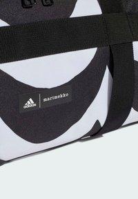 adidas Performance - Urheilukassi - white - 5