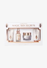 CHARLOTTE'S MAGIC SKIN SECRETS - Skincare set - -