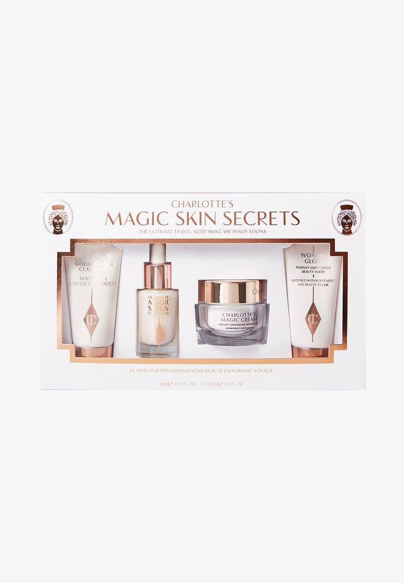 Charlotte Tilbury - CHARLOTTE'S MAGIC SKIN SECRETS - Skincare set - -