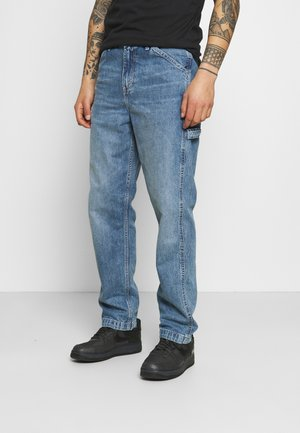 TAPERED CARPENTER - Jean boyfriend - med indigo