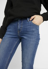 Lee - MARION STRAIGHT - Jeansy Straight Leg - stone blue denim - 3
