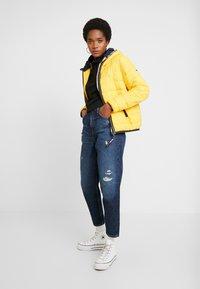 Tommy Jeans - Kurtka zimowa - spectra yellow - 1